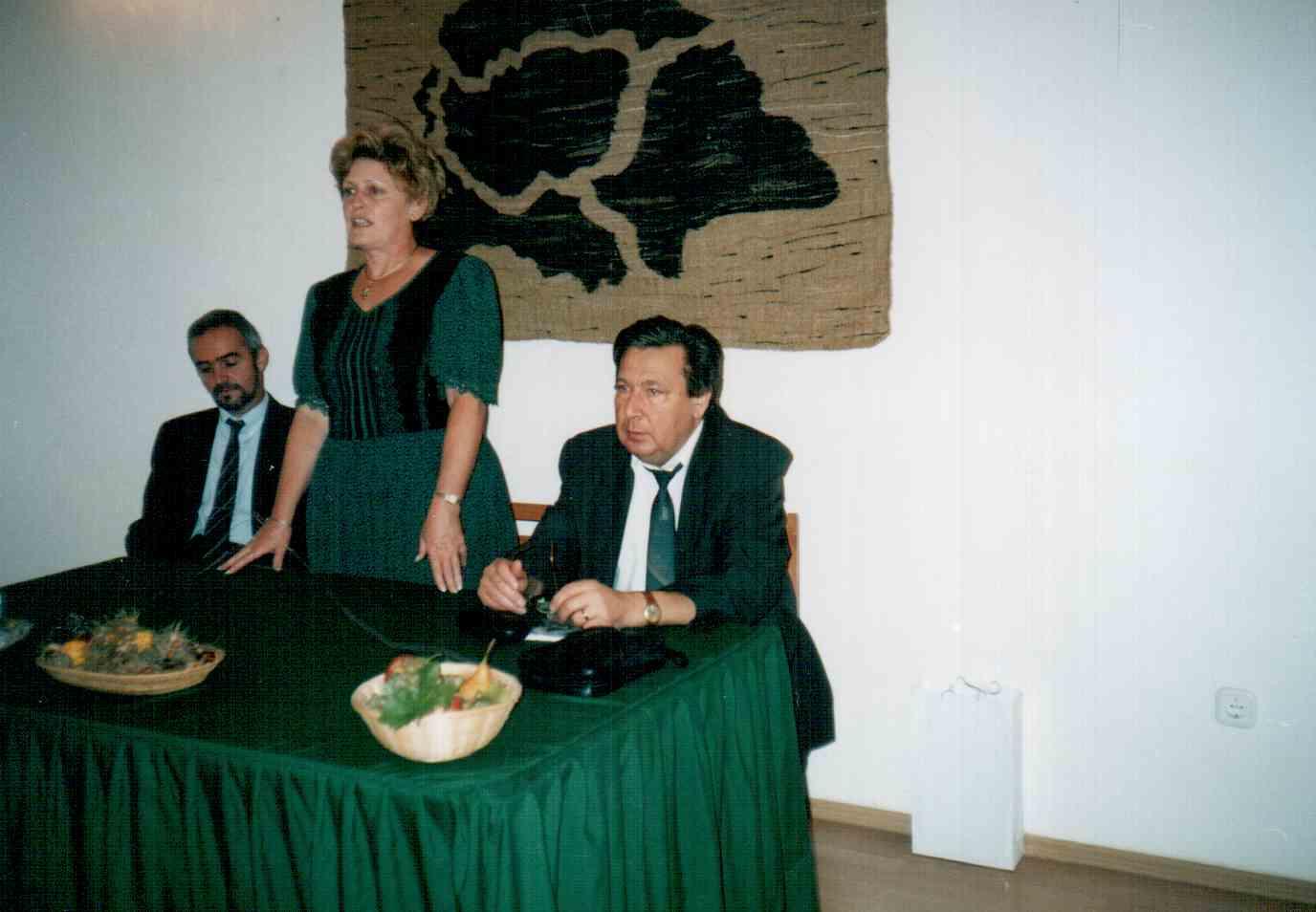 muradin-konyvbemutato-2003