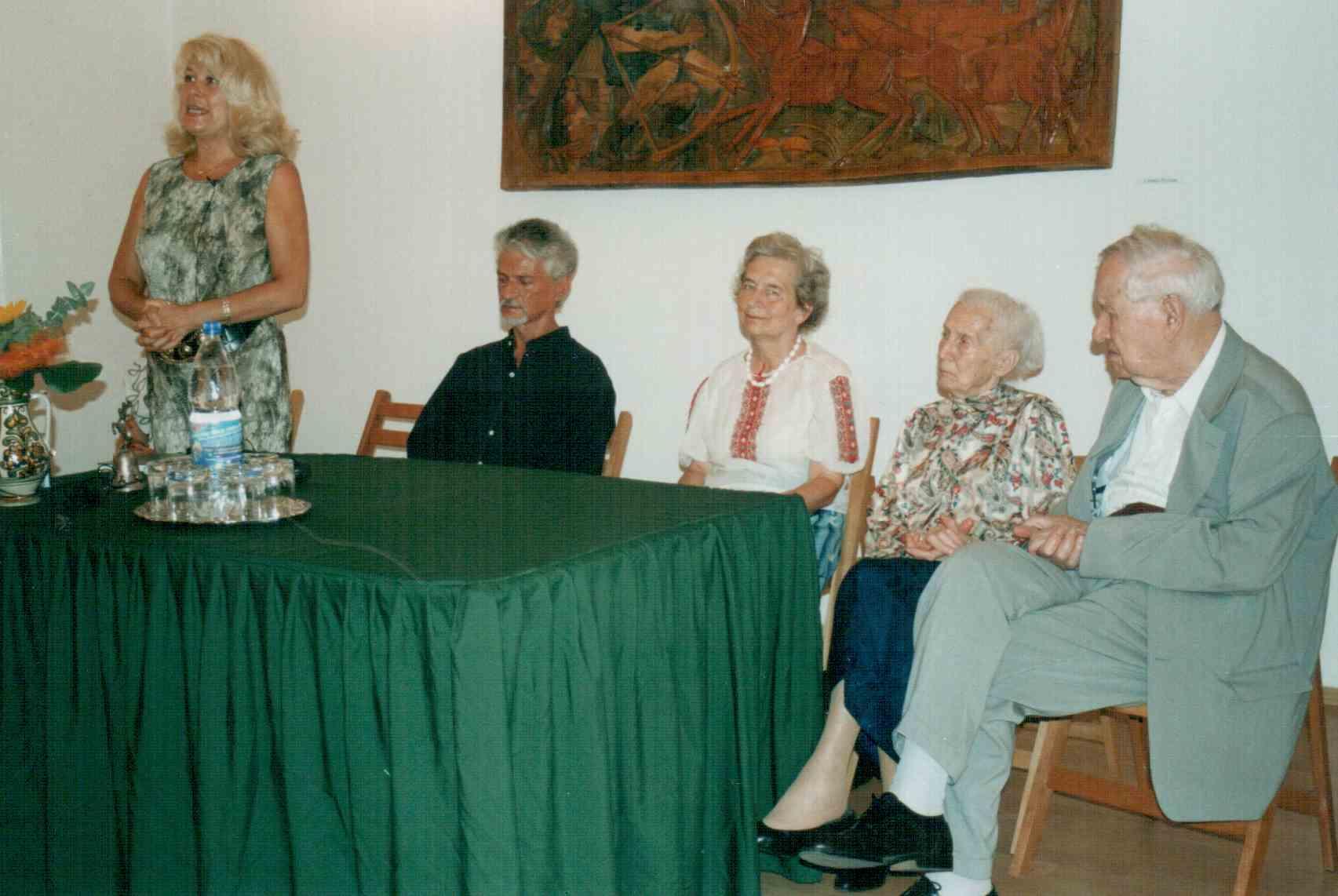 szervatiusz-klari-konyvbemutato-2003